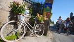 Vélo à l'éntrée des chambres d'hôtes du Vieux Logis de Saint-Briac sur Mer
