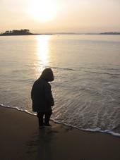 jeux dans les vagues sur la plage de Saint-Briac-sur-Mer